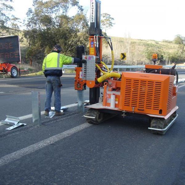 Pile driver machine model 700_Australia